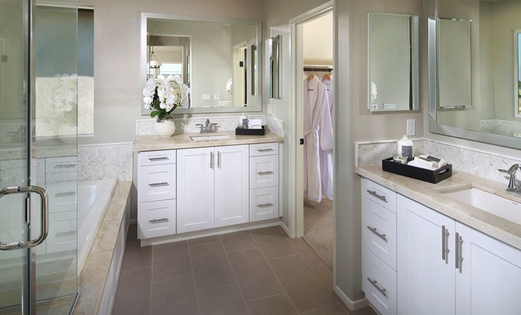 18ranch-style-home-master-bath-1024x620